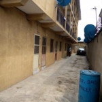 1 bedroom self contained (single rooms) for rent Yaba, Lagos