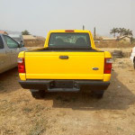 Clean Ford Ranger 2001 Yellow