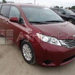 Clean 2012 toyota sienna for sale call on