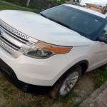 Ford Explorer, White, Six seater, Leather interior