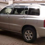 Clean Sharp Toyota Highlander 2002