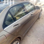 Mercedes-Benz C300 2009 Gold