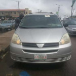 05 just imported tokunbo sienna for sale