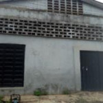 Warehouse for rent Very Close To Lagos Abeokuta Express Way, Ipaja, Lagos