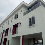 3 bedroom flat for rent Orchid Road, Lafiaji, Lekki, Lagos